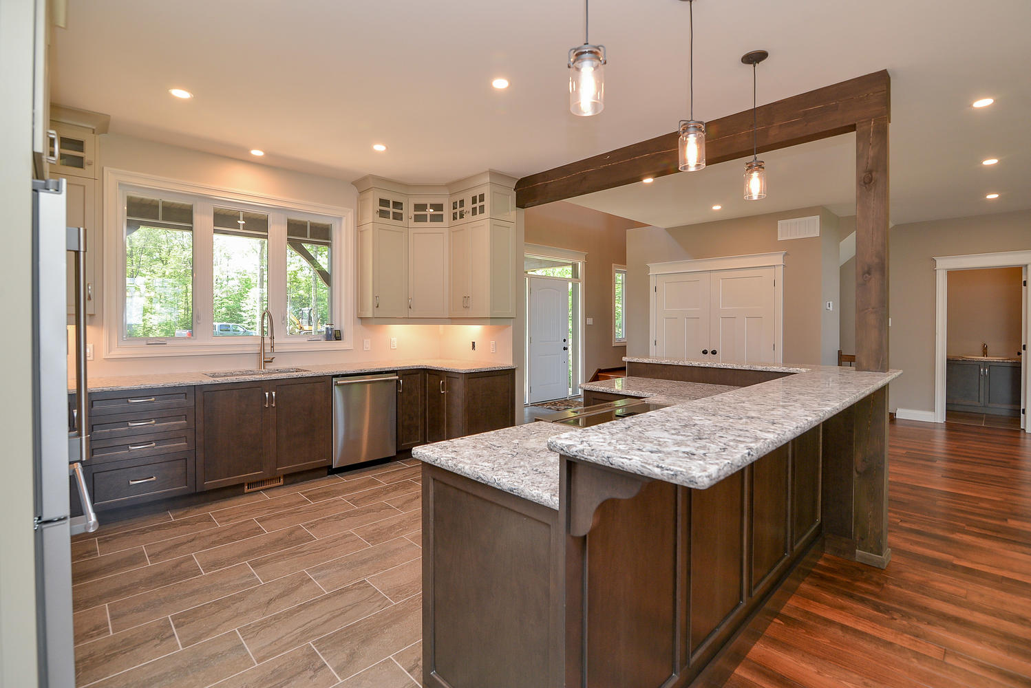 Kitchen Projects by Kelly Homes Inc.