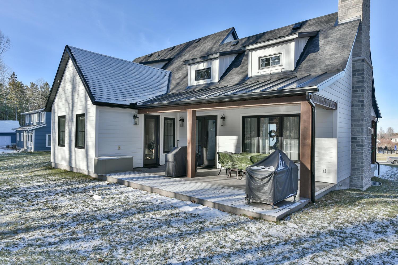 Exterior - Eclectic Country Project In Renfrew