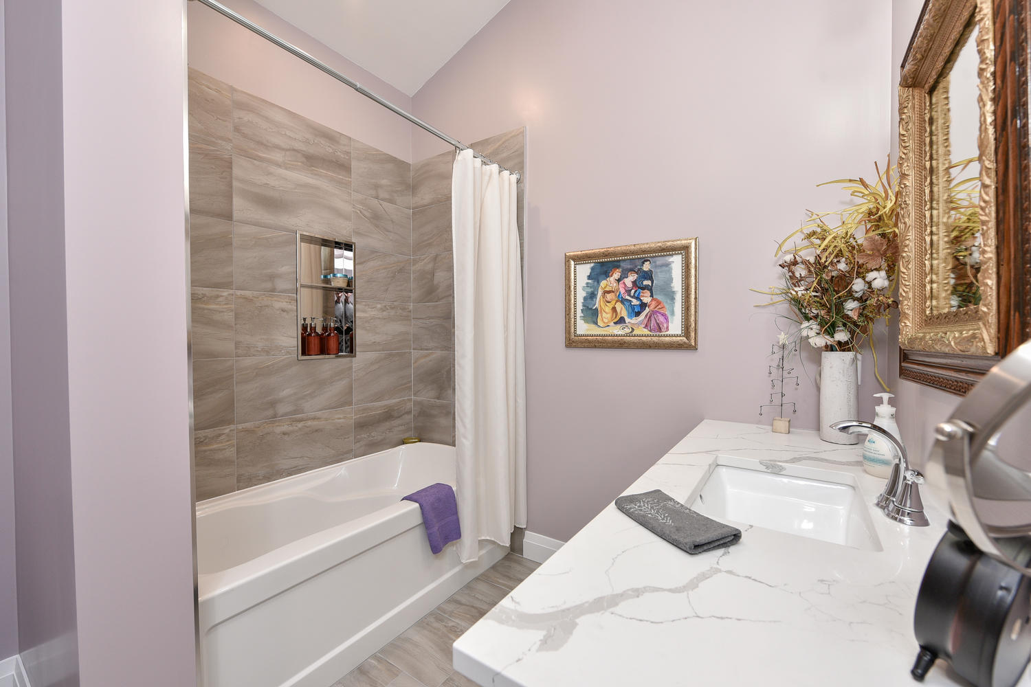 Bathroom - Traditional Family Home Project In Renfrew by Kelly Homes Inc.
